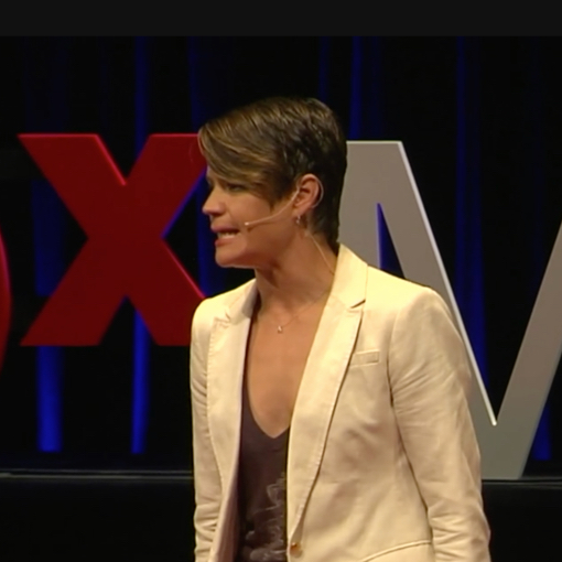 Elise Roy during her TED talk